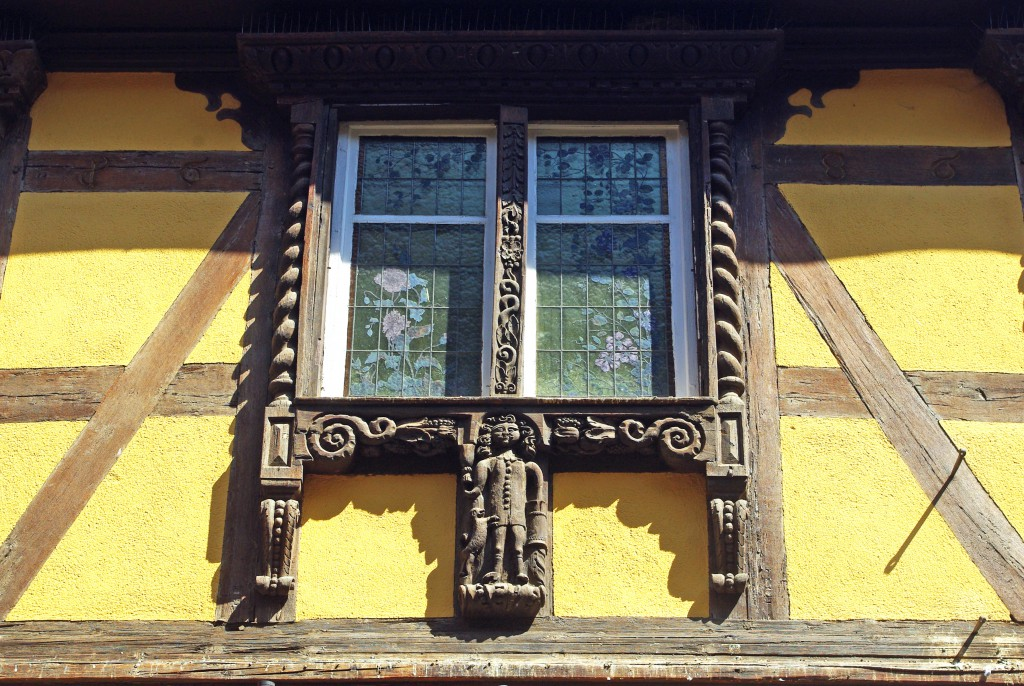 Riquewihr detail fenetre rue des juifs french moments for Fenetre french